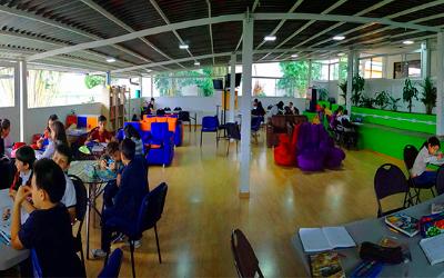 Mega ambiente y salas de innovación